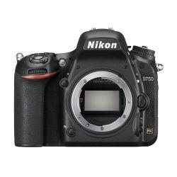 Noleggio Nikon D750